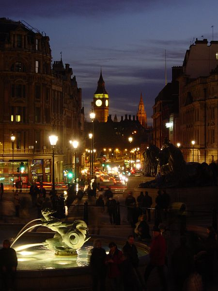 Photo - Trafalgar Square & Whitehall