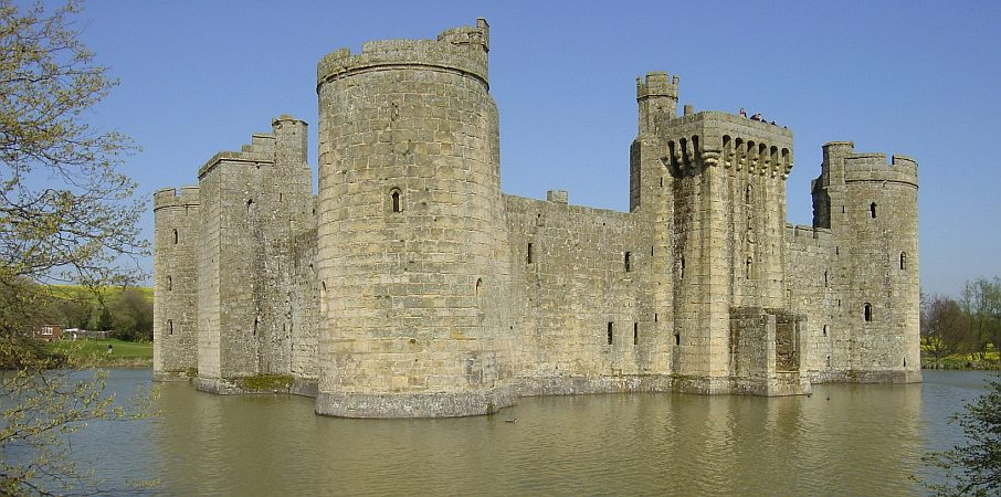 Photo - Bodiam Castle - Composition