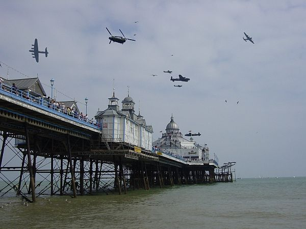 Photo - Eastbourne - Airbourne