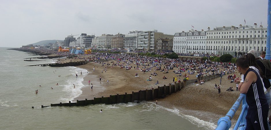 Photo - Eastbourne - Airbourne 2005