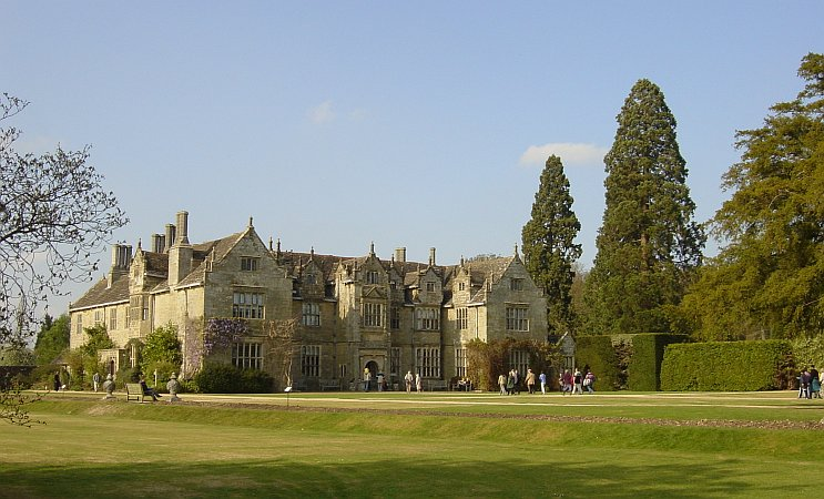 Photo - Wakehurst Manor