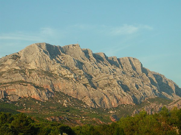 Photo - Ste Victoire Mountain - Aix en Provence