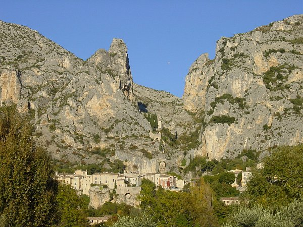 Photo - Moustiers - Provence
