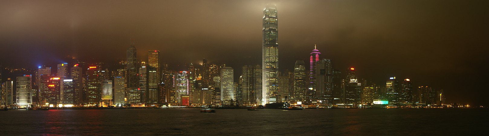Photo - Hong Kong 8 O'Clock Show - Panoramic View