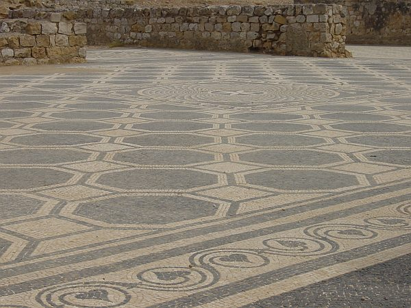 Photo - Empuries - Roman mosaics