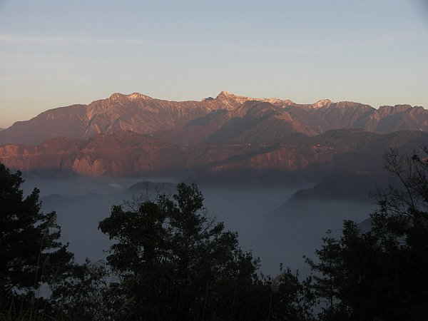 Photo - Sunset on Yushan Mountain from Alishan