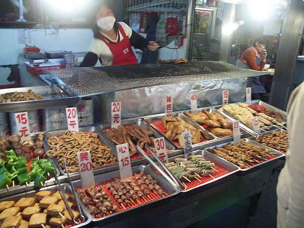 Photo - Ilan Night Market - Seafood and meat kebabs